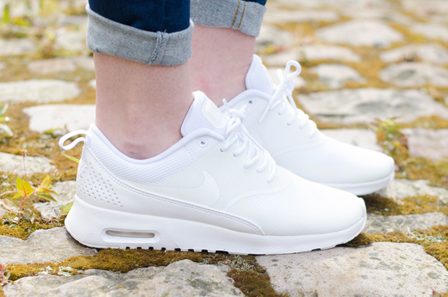nike womens air max thea trainer
