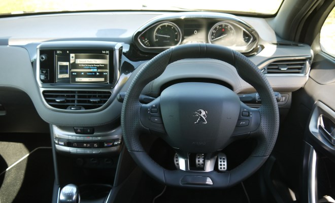Peugeot 208 XY driver's view
