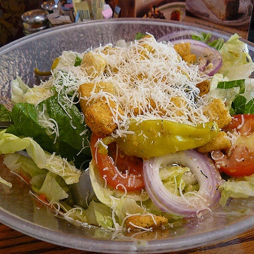 Copycat restaurant recipes olive garden salad and dressing recipes for Olive garden salad dressing ingredients