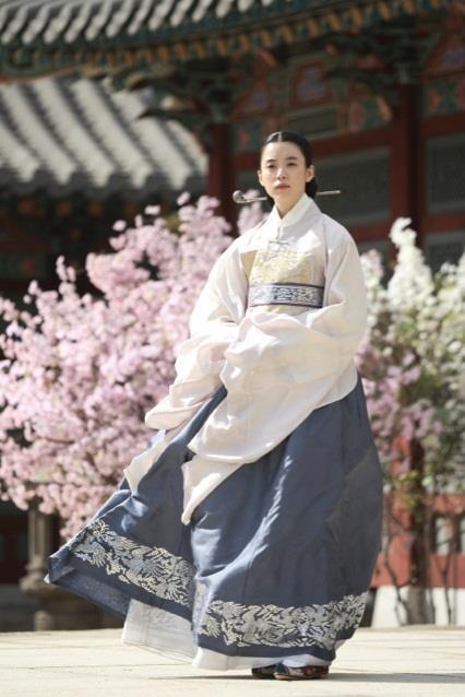 Han Hyo Joo Queen Han Hyo Joo Lee Byung Hun