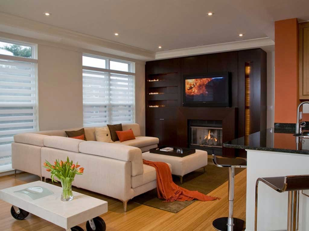 Decorating the house with the model of minimalist living room