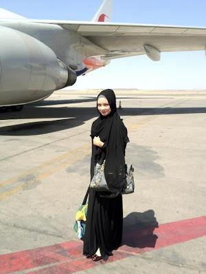 Nora Danish Menunaikan Umrah