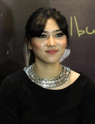 Isyana Sarasvati Tampil Di Bontang Maret 2016