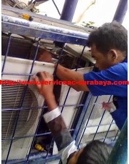 Jasa service ac surabaya