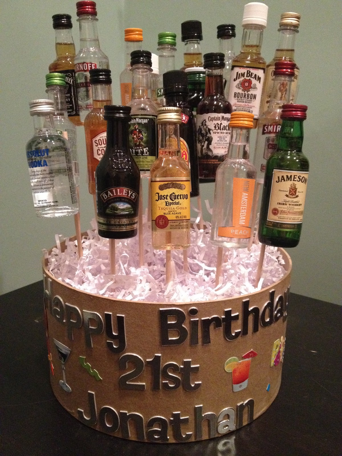 Cake Ideas For A 21st Birthday Party : girlsgonefood: 21st Birthday Celebration