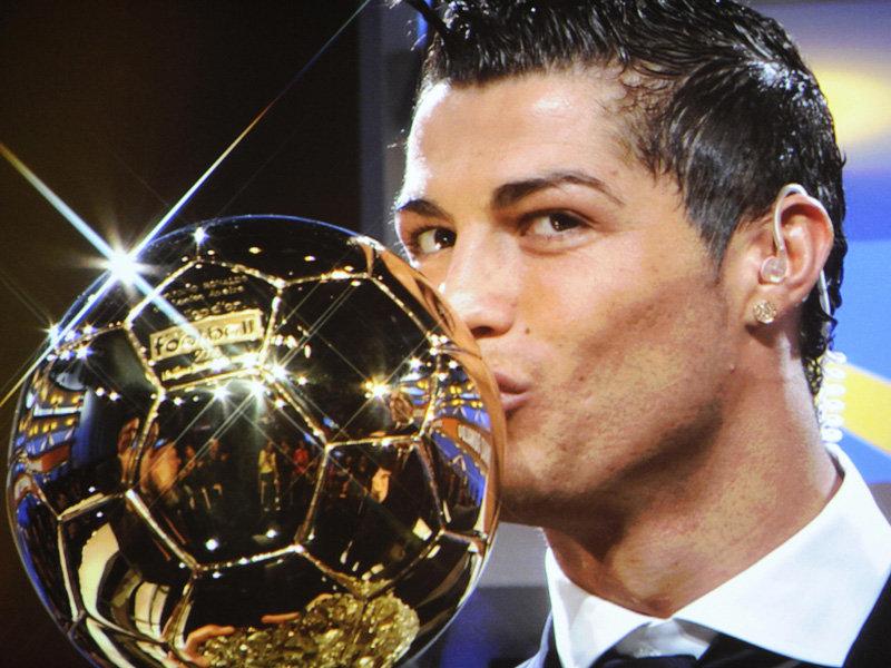 Soccer Freaks: Portugal footballer, Cristiano Ronaldo