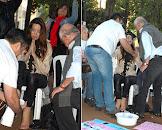 Padre e pastor pedem perdão e lavam os pés da travesti crucificada