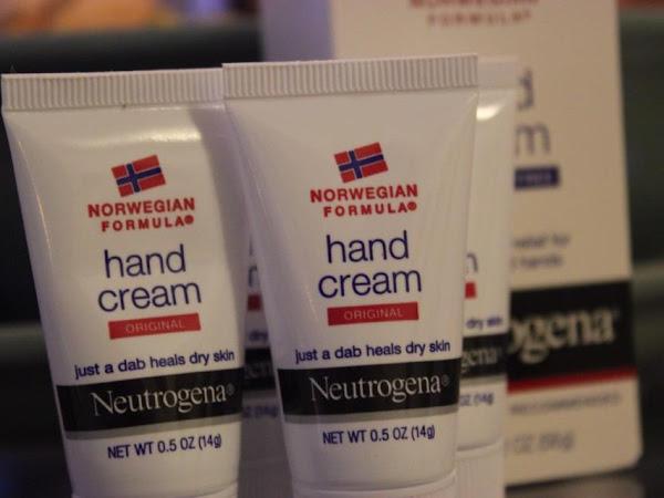 Bzzzzzzz!!!  Neutrogena Norwegian Hand Cream Review