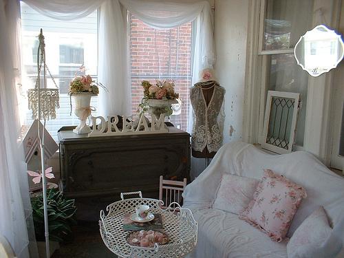 Impressive Romantic Shabby Chic Porch 500 x 375 · 125 kB · jpeg
