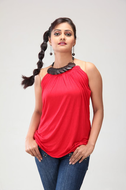 manumika spicy latest photos