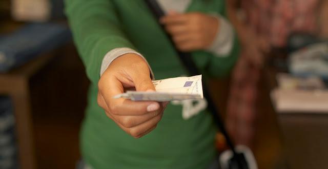 Lugar del pago y dinero