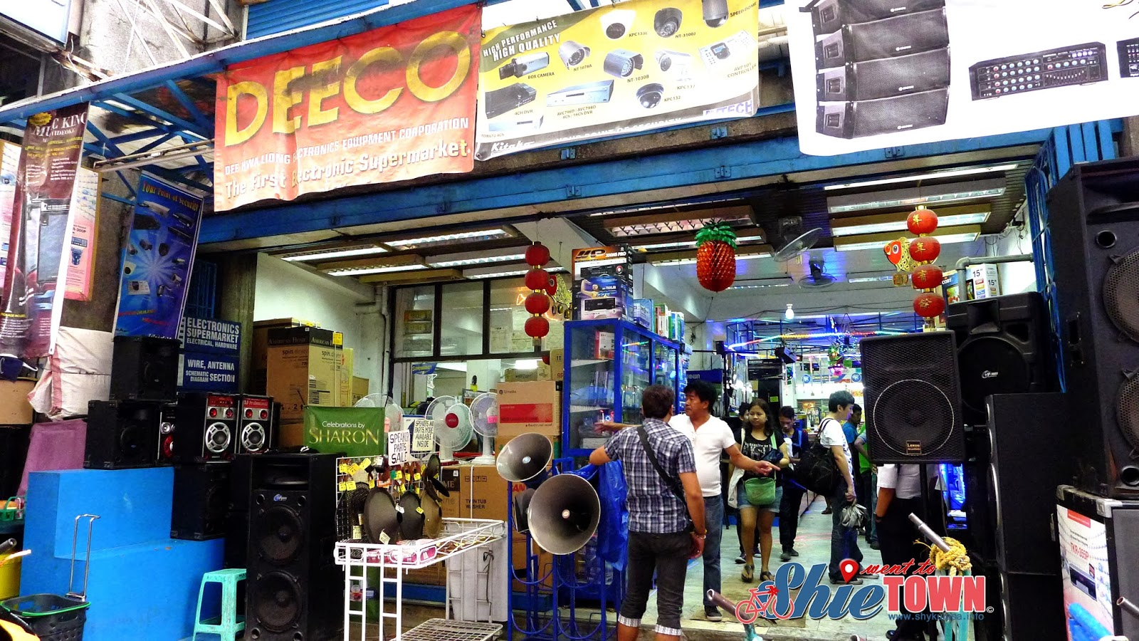 Good Deal Finds Only In Quiapo Manila Shie Went To Town
