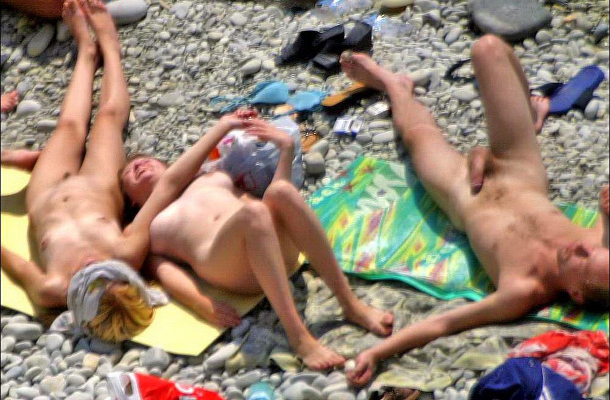 Nudists in the crimea