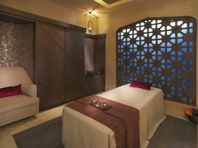 There are 16 treatment rooms on offer, together with a striking Moroccan hammam, marbled steam rooms and saunas flooded with natural daylight