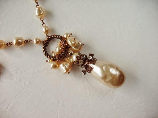 mdmButiik Jewellery Jewelry Sautoir perles nacres de verre ancienne collier Halskette perlen antik alt