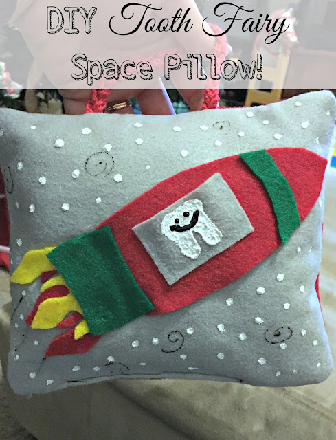 Tooth Fairy Pillow How to, Space tooth fairy pillow, tooth fairy pillow for a boy, easy tooth fairy pillow, tooth fairy pillow with felt, lost tooth
