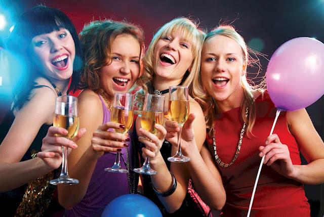 Party filles Noël lendemain de veille alcool