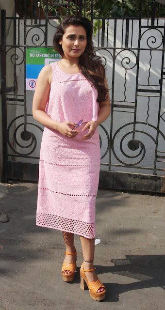 Rani Mukerji Stills At Famous Studio