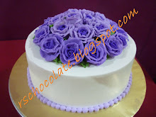 Kek Chocolate Moist Buttercream Roses - RM 100.00
