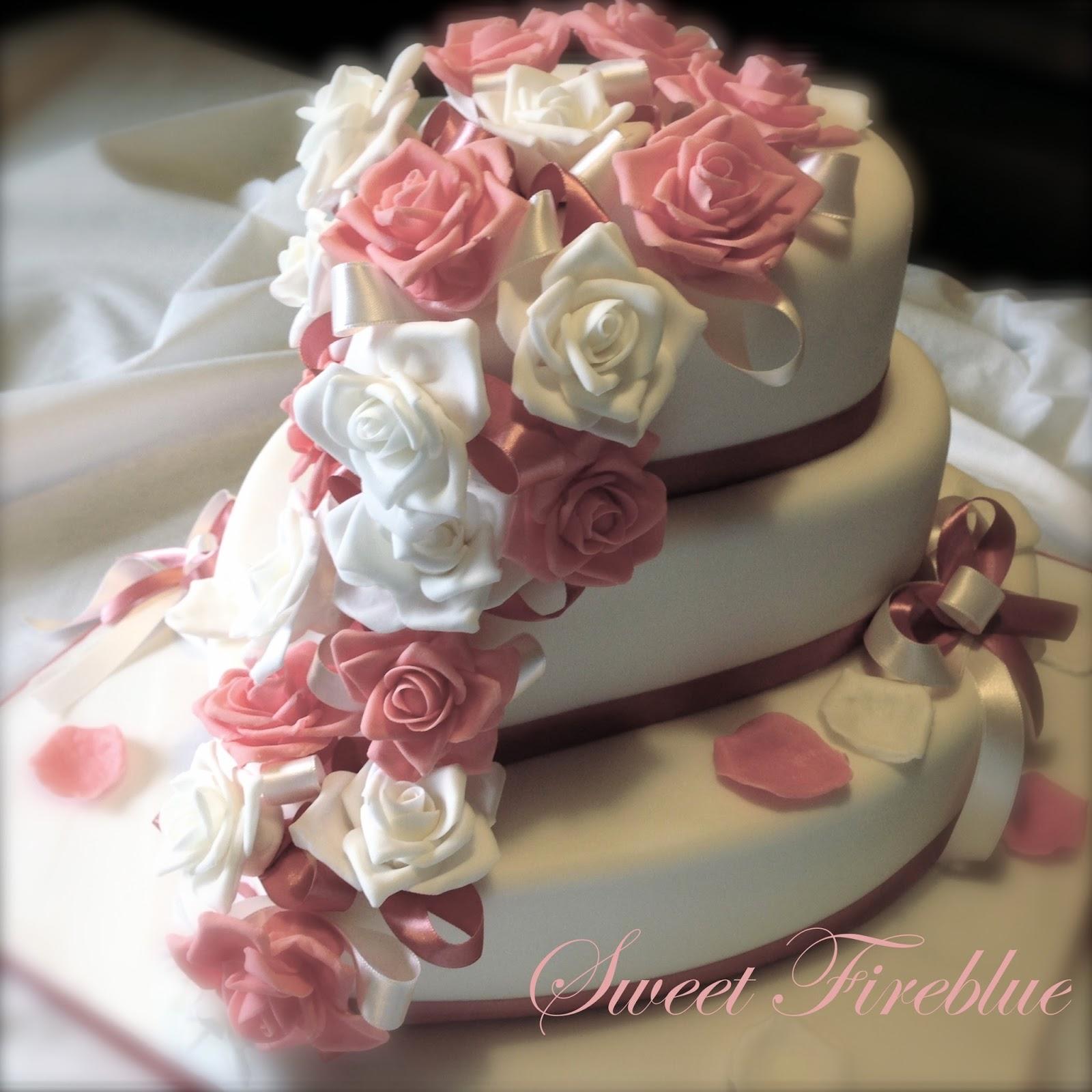Matrimonio In Rosa : Sweet fireblue torta cuore e rose un matrimonio in rosa