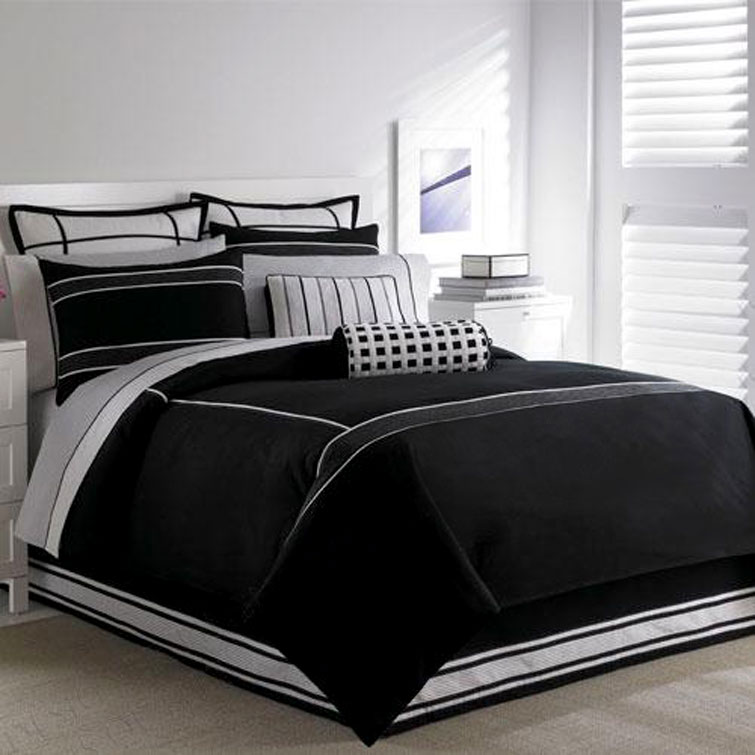 Bedroom decorating ideas bedroom interior black and Bedrooms decorated in black and white