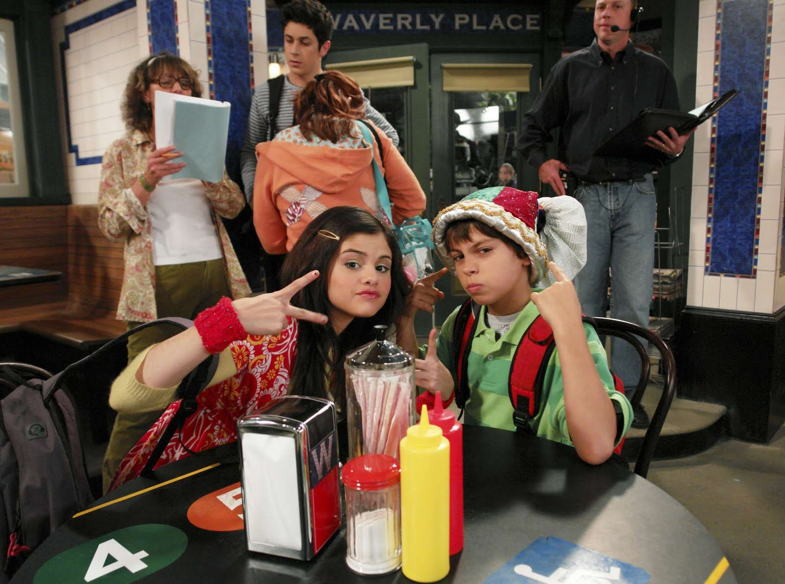 Wizards of waverly place wizards of waverly place seasons for The waverly
