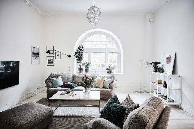 Como decorar una casa blanca y gris boho deco chic for Corredor deco blanco y gris