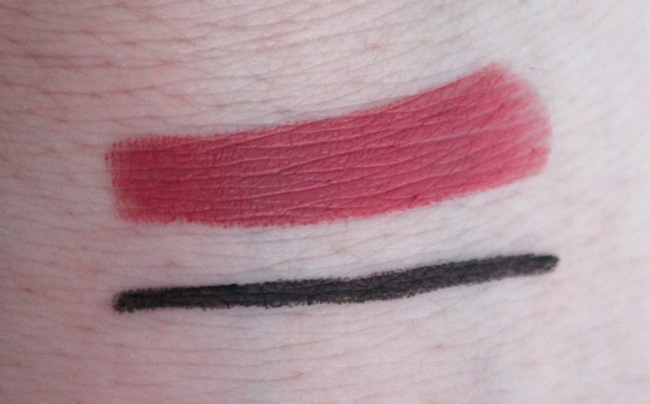 Swatches Marc Jacobs Le Lip Creme In Kiss Bang Top And Highliner Gel Eye Crayon Blacquer