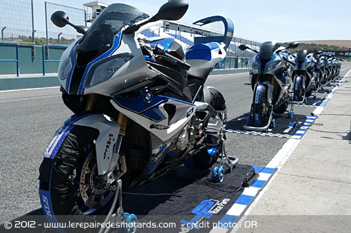 This Article New Bmw S1000rr Hp4 2017 Competition Edition