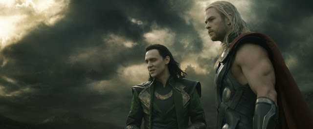 Tom Hiddleston and Chris Hemsworth in Thor: The Dark World