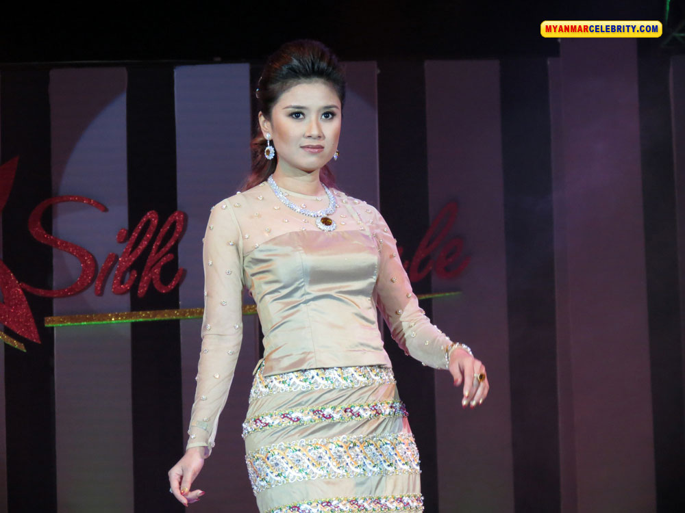 Photos silk and style fashion show 2012 in yangon myanmar model