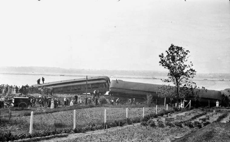 Train derailment on June 25th, 1913