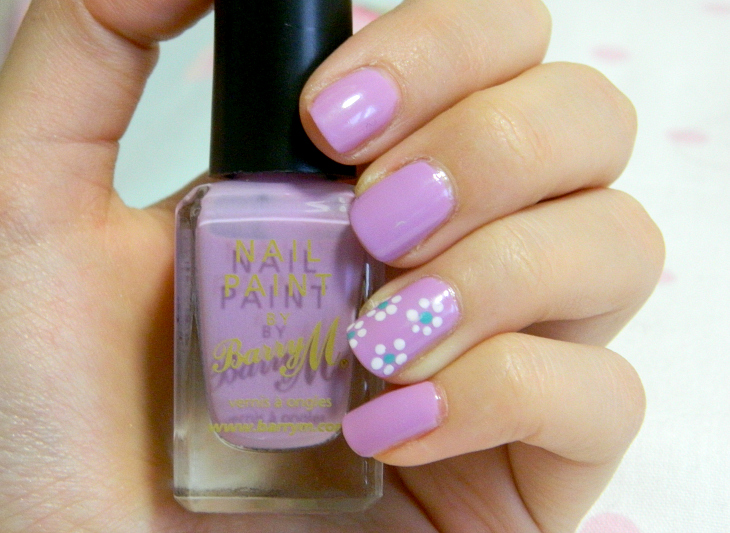 Love From Lisa Berry Ice Cream Nails of the Week