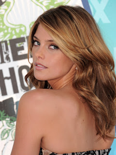 Ashley Greene-6