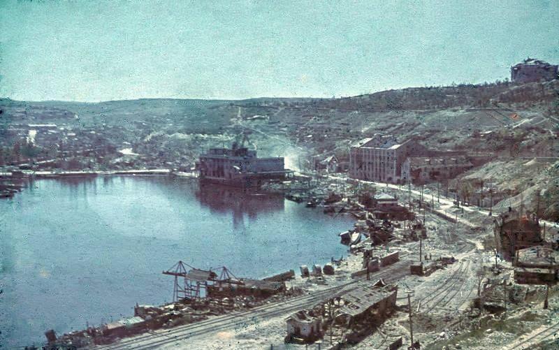 Южной бухта Севастополя во время Второй мировой войны