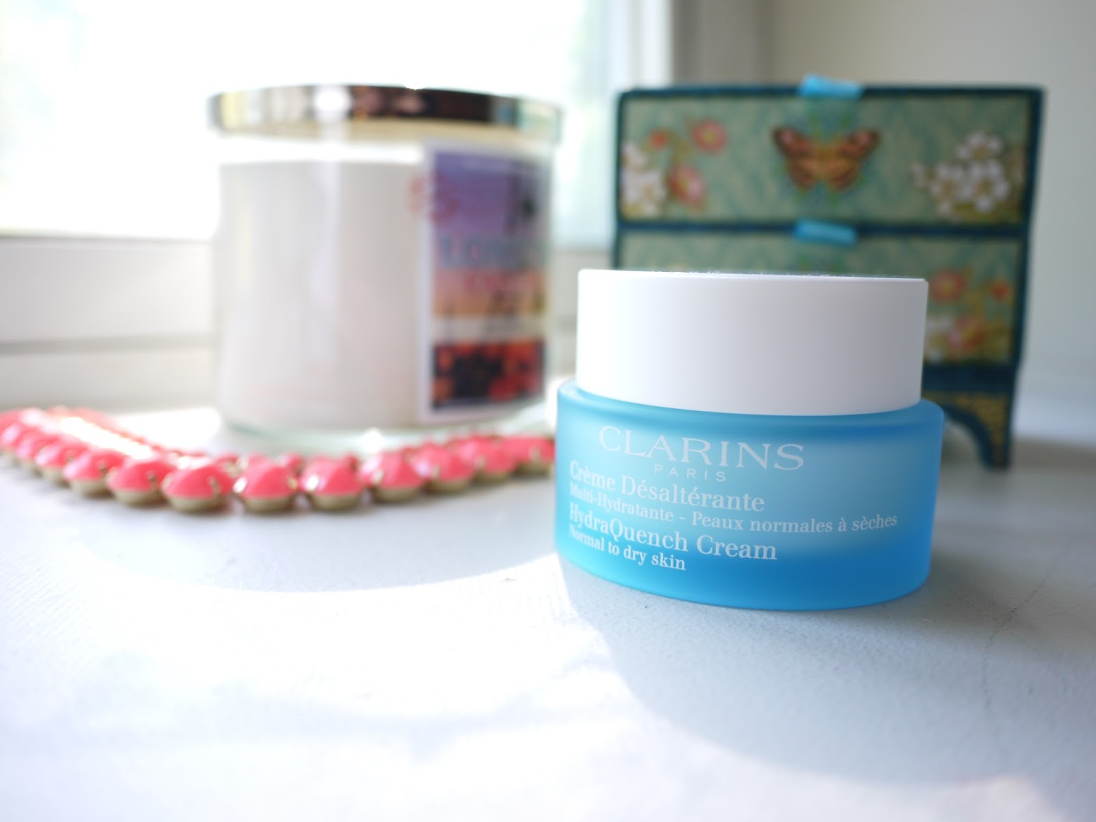 clarins hydraquench cream review