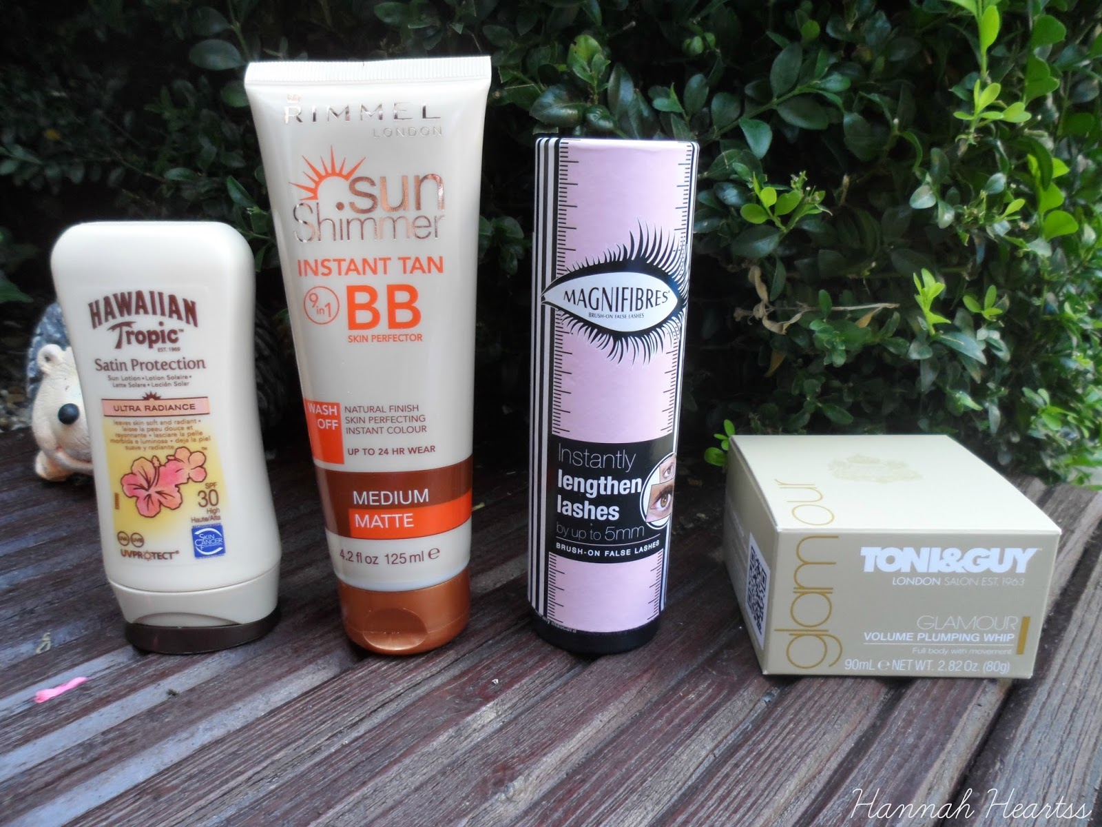 Latest in Beauty Glamour Edit Box