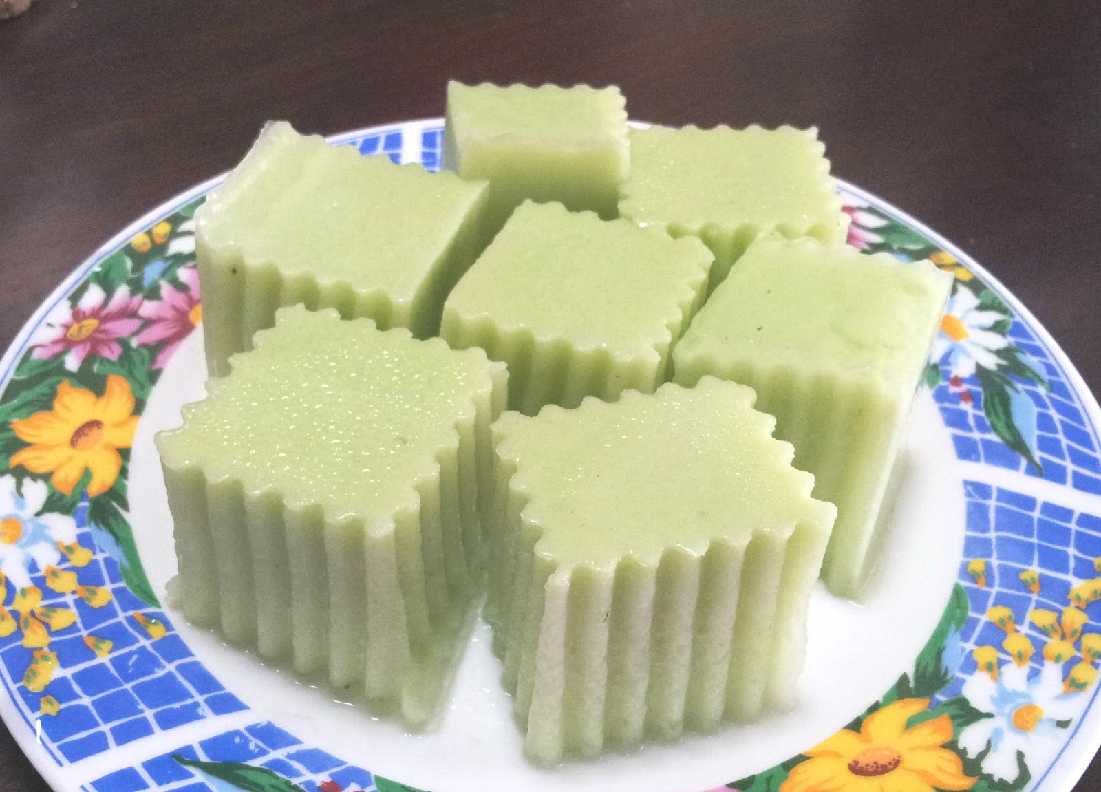 made by shas: Pandan agar-agar with coconut milk recipe