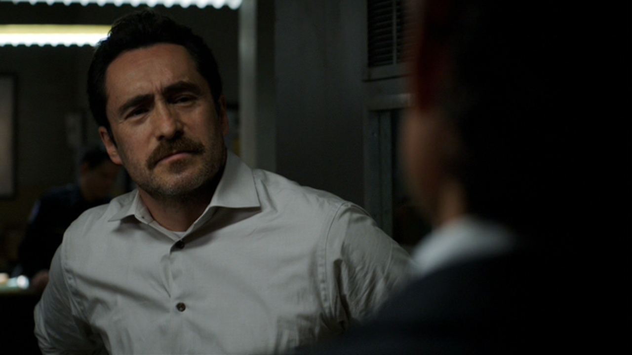 Movie and TV Screencaps: The Bridge: Season 2 (2014 ...