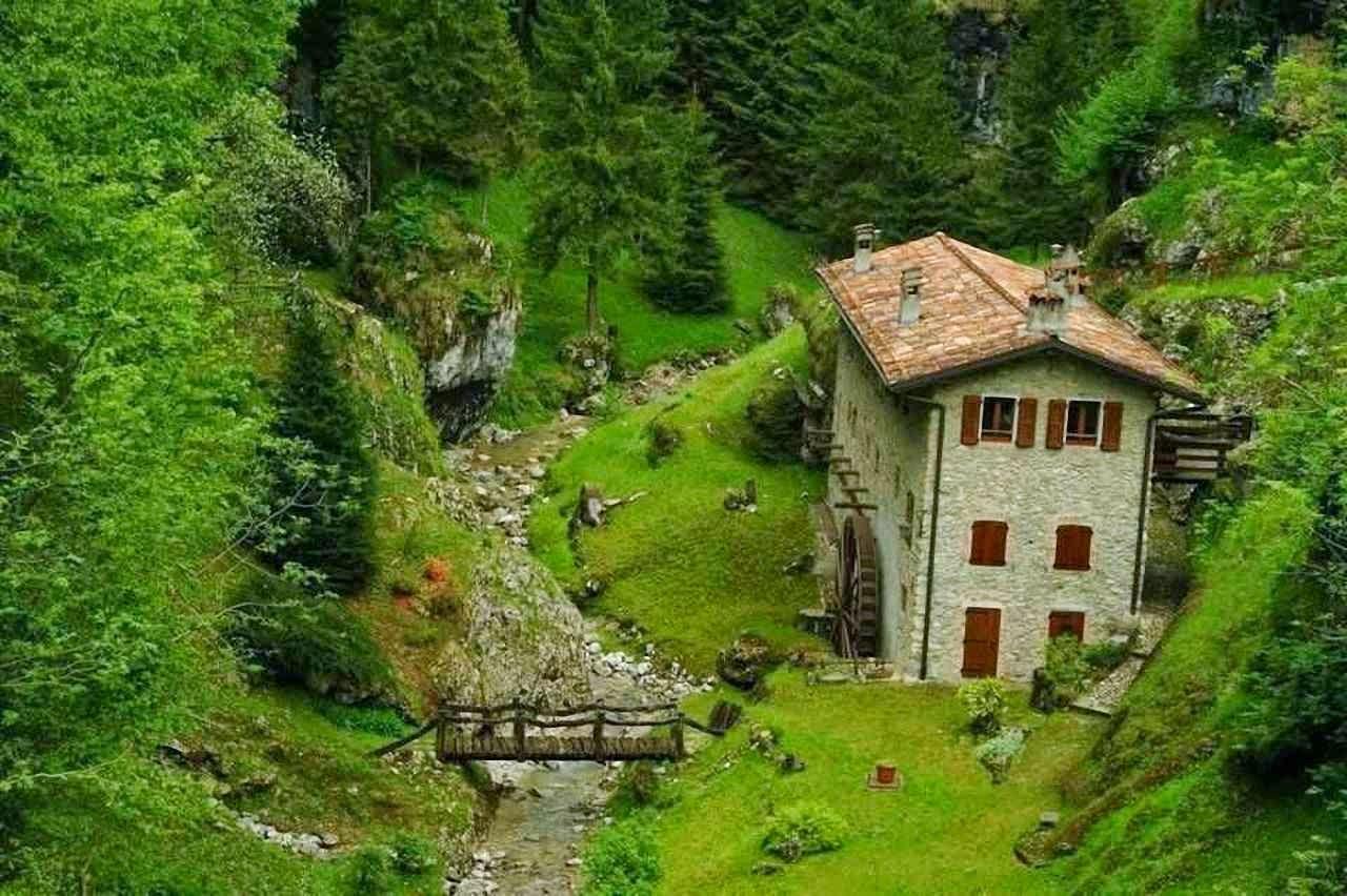 Não é de um conto de fadas: é um moinho onde trabalhava um popular medieval