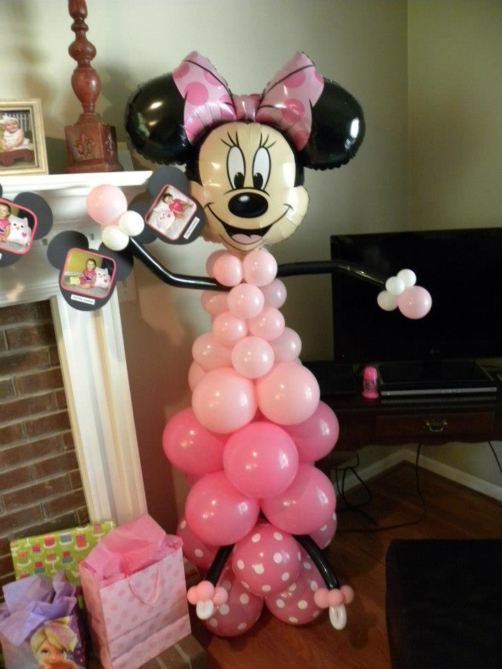 The twisted flower mickey mouse balloon decorations for Balloon decoration minnie mouse