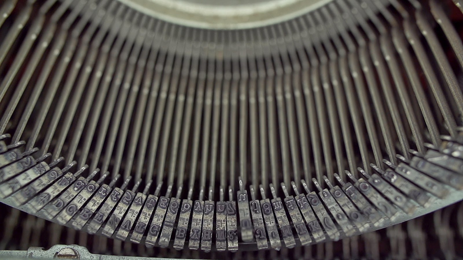 Typewriter Close Up Slow; Reverse Angle