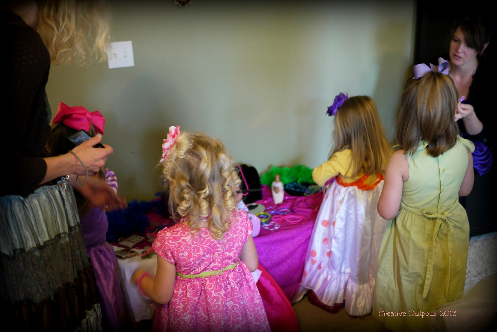 Cake Decorating Classes Fayetteville Nc : A Very Fancy Nancy Birthday - Creative Outpour