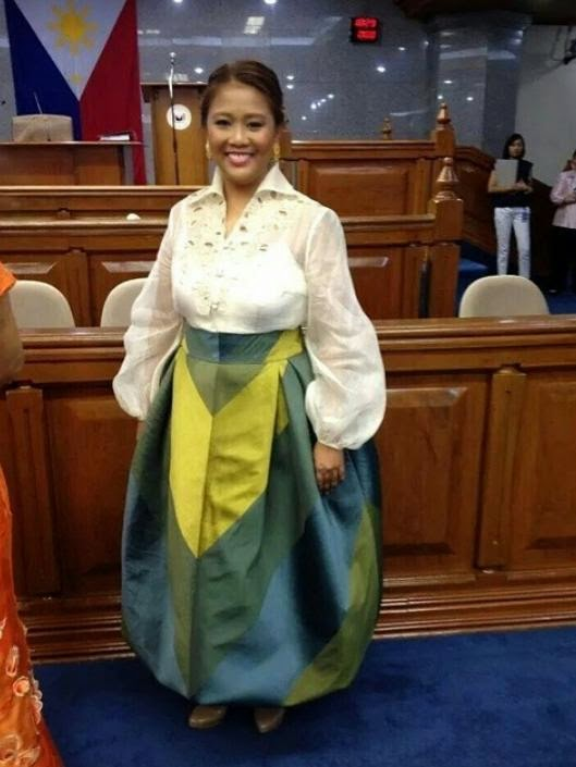 Nancy Binay attire gets memes during SONA 2014, now viral