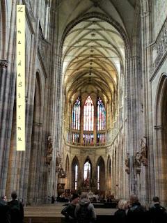 praga-catedrala-sf-vitus-interior