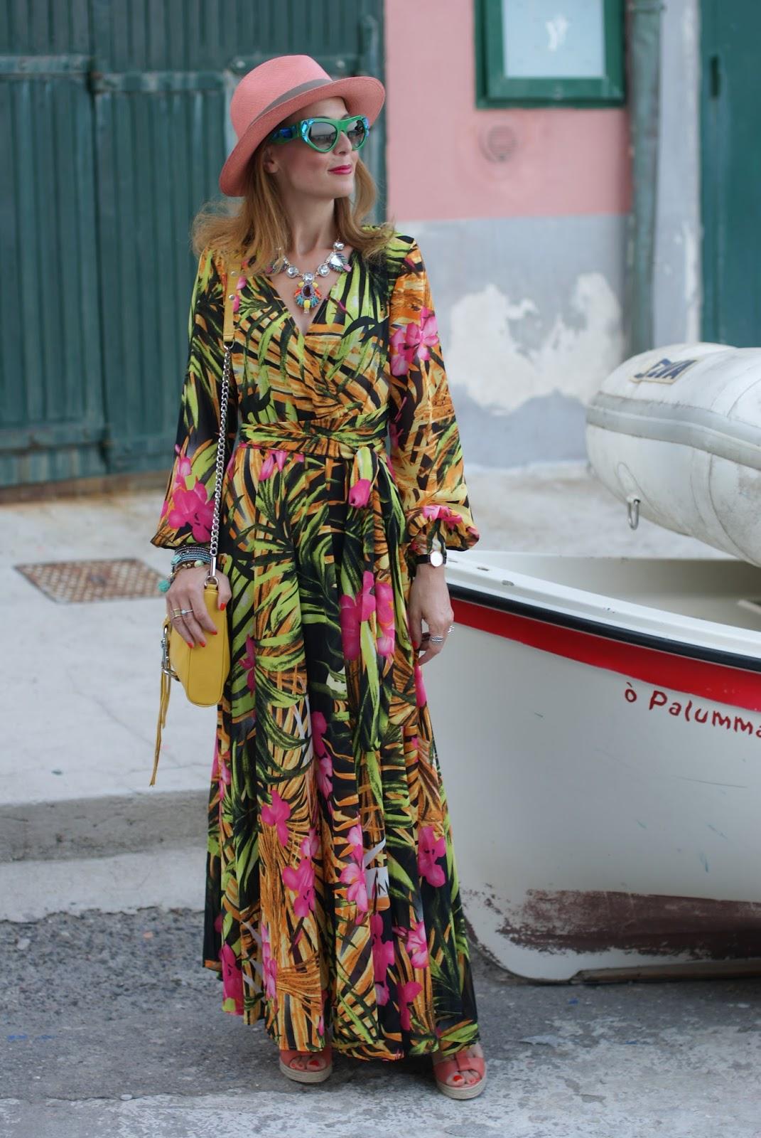 walktrendy tropical print chiffon maxi dress, prada voice sunglasses for a summer boho style on Fashion and Cookies fashion blog, fashion blogger style