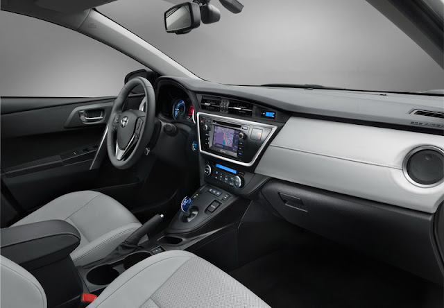 Tampilan Baru Mobil Toyota Corolla Hatch Auris [ www.BlogApaAja.com ]