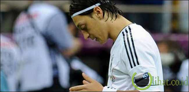 Mesut Ozil - Gelandang Real Madrid