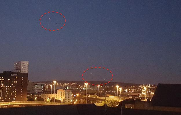 UFO News ~ 9/27/2015 ~ UFO Fleet Over Glasgow, England and MORE UFO%252C%2BUFOs%252C%2Bsighting%252C%2Bsightings%252C%2Bfigure%252C%2BOMG%252C%2Bartifact%252C%2Banomaly%252C%2BCaptain%2BKirk%252C%2BTOS%252C%2BEnterprise%252C%2BAsteroid%252C%2BStar%2BTrek%252C%2BStargate%252C%2Btop%2Bsecret%252C%2BET%252C%2Bsnoopy%252C%2Batlantis%252C%2BW56%252C%2BGod%252C%2Bqueen%252C%2BUK%252C%2Bspirit%252C%2Bghost%252C%2BNibiru%252C%2BAI%252C%2B%2BISS%252C%2Bnews%252C%2Bmoon%2Bwalk%252C%2Bmummy%252C%2Bcopy%2B321