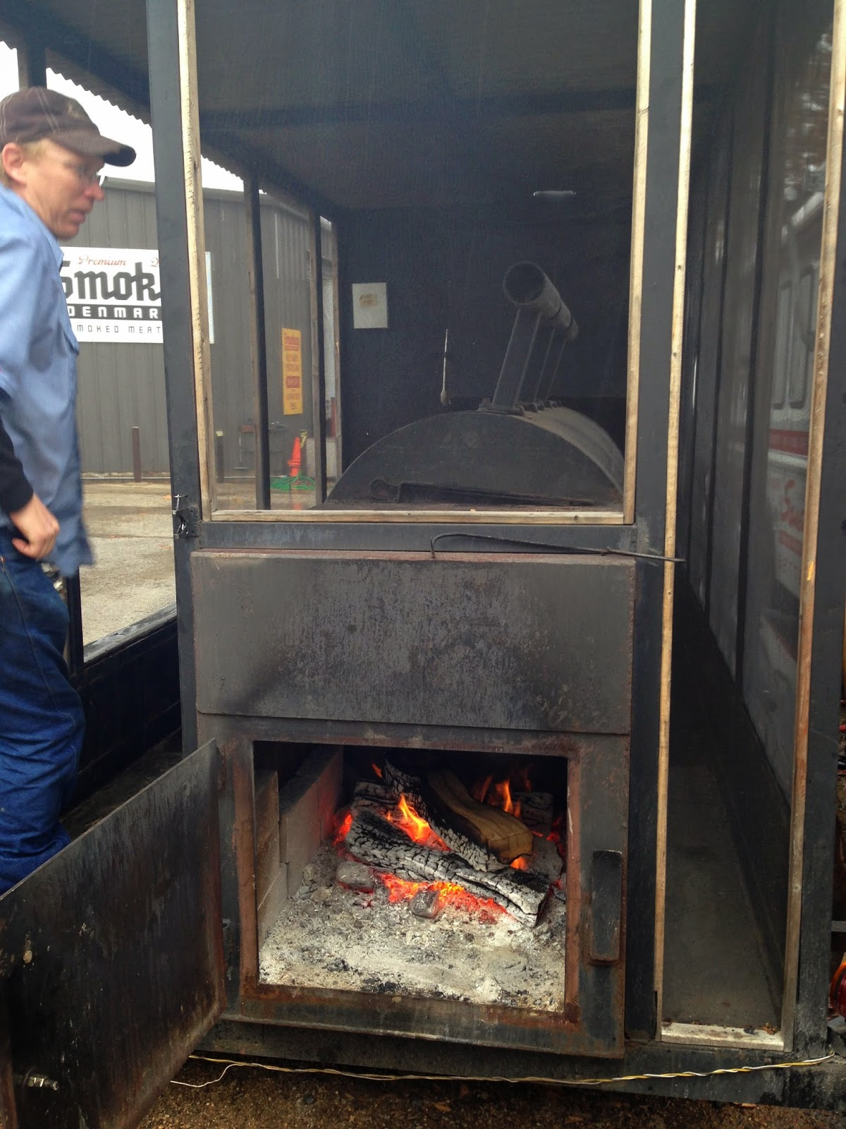 man up tales of texas bbq february 2015